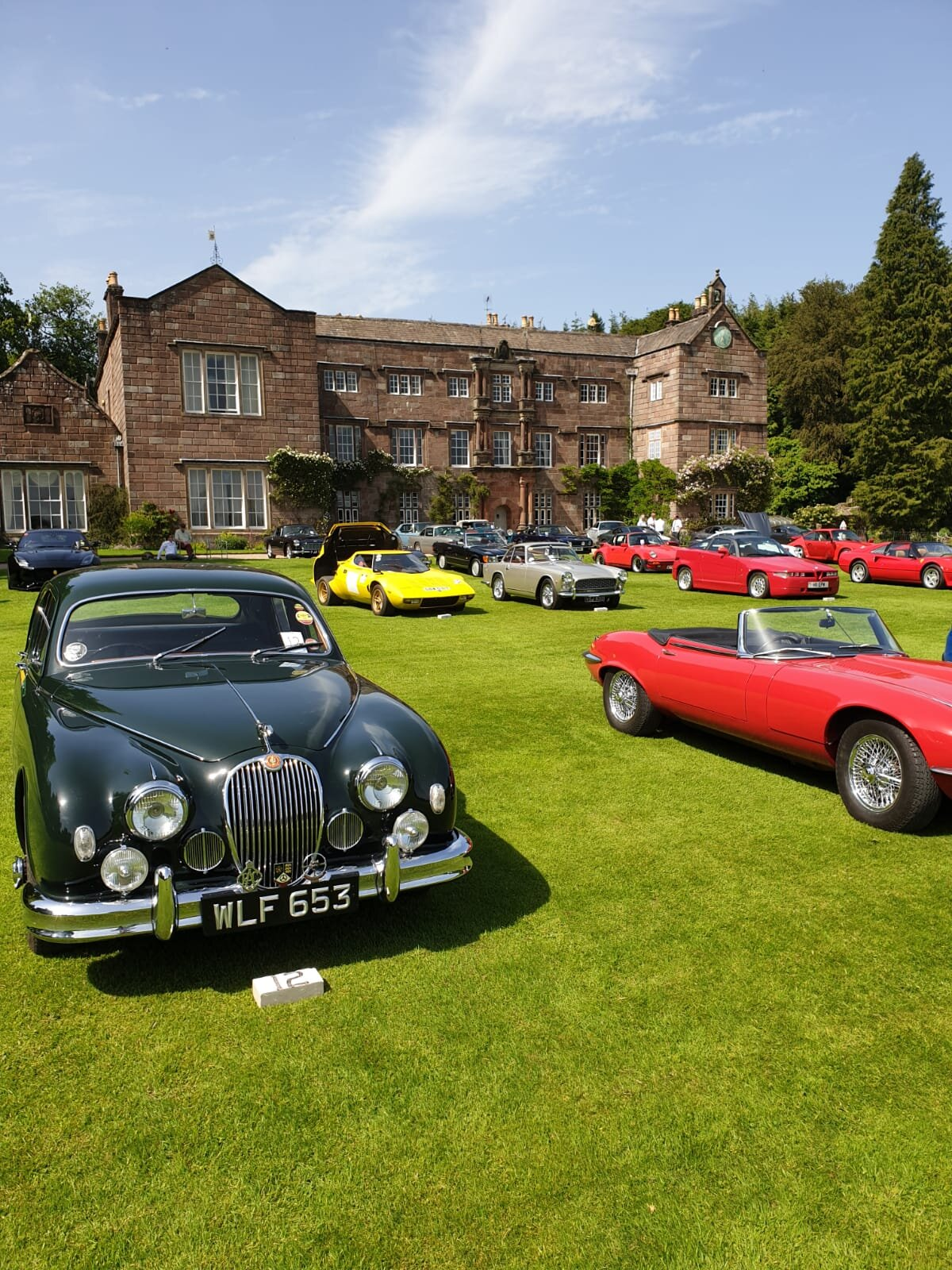 Classic car rally at Browsholme Hall!
