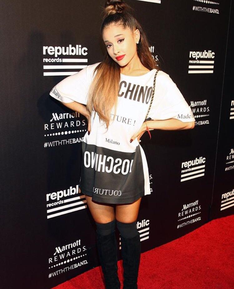 アリアナ グランデ/Ariana Grande. モスキーノ / MOSCHINO .ブティックベルパリ/ boutique Bell Paris. 豊田市 / MIYAKE Buil 1F