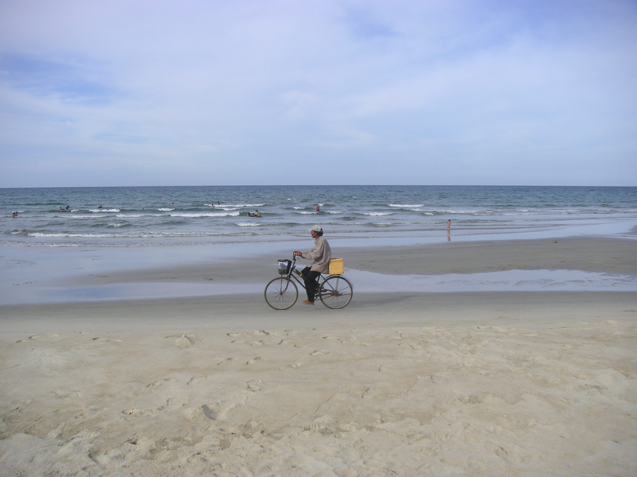 bike on beach.JPG