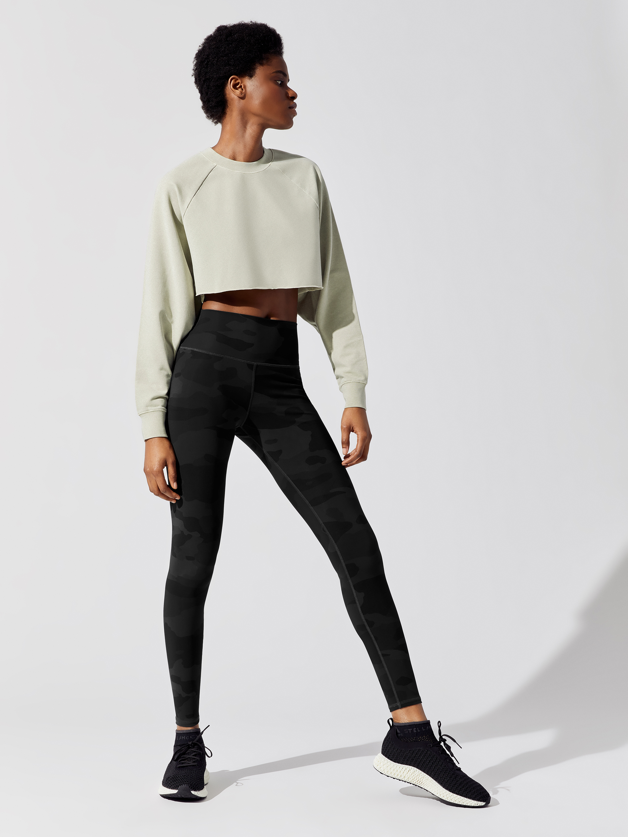 ALO-YOGA-WASHED-DOUBLE-TAKE-PULLOVER-TOPS-SANDSTONE-WASH_0524-A.jpg
