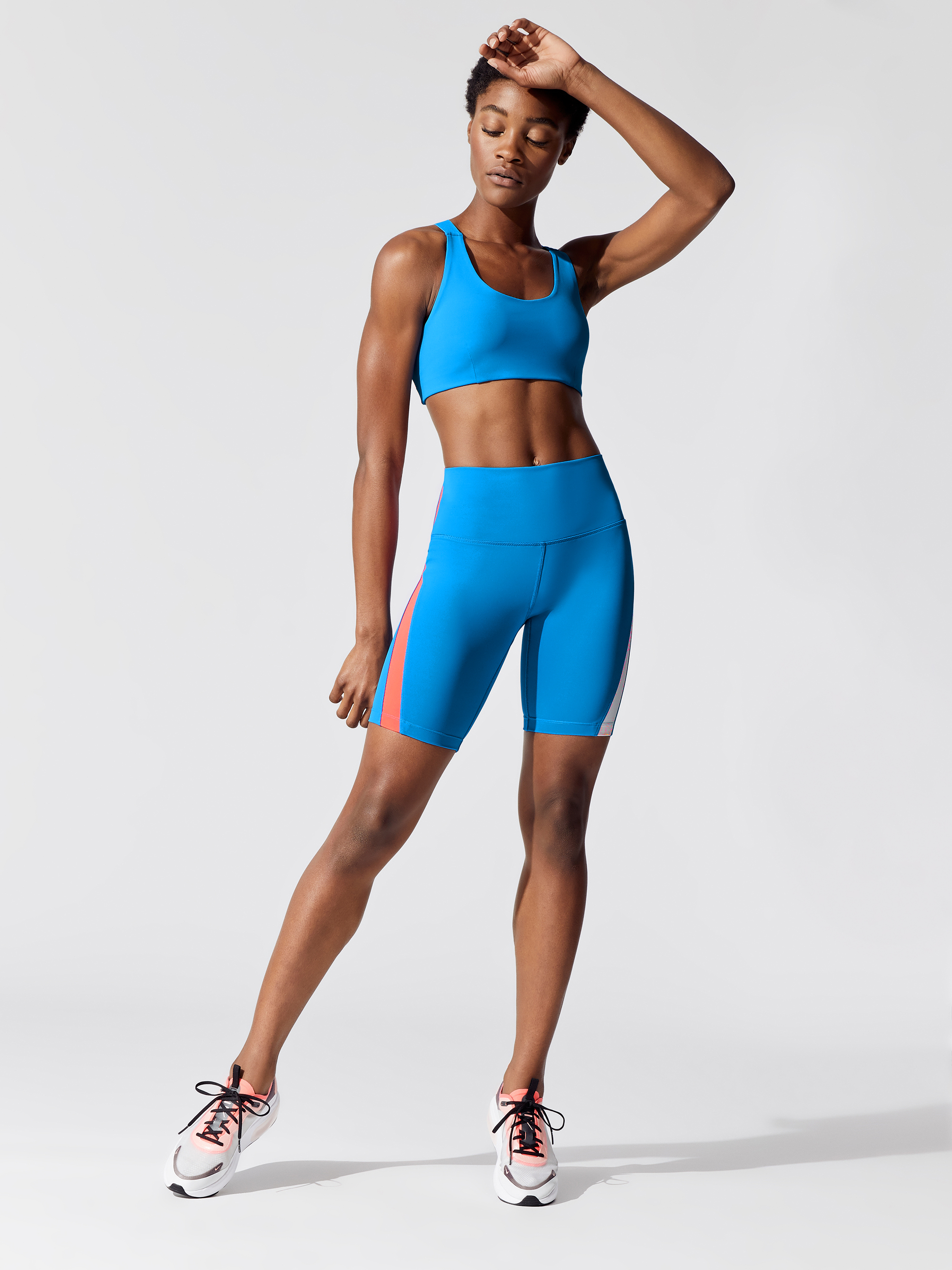 SPLITS59-CROSSOVER-BRA-SPORTS-BRAS-NEON-BLUE_007-A.jpg