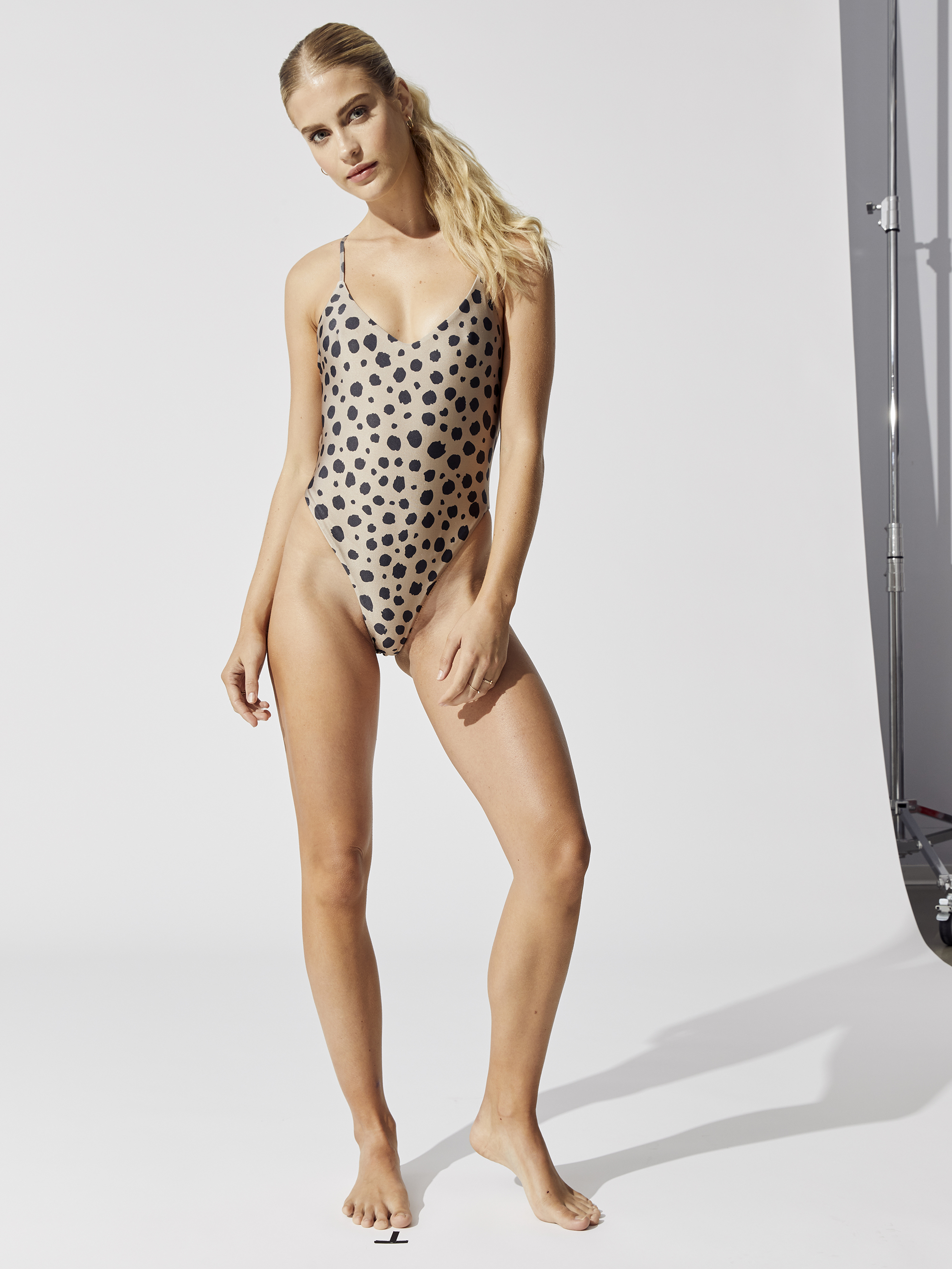 LNA-CLASSIC-ONE-PIECE-CHEETAH-0017-B.jpg