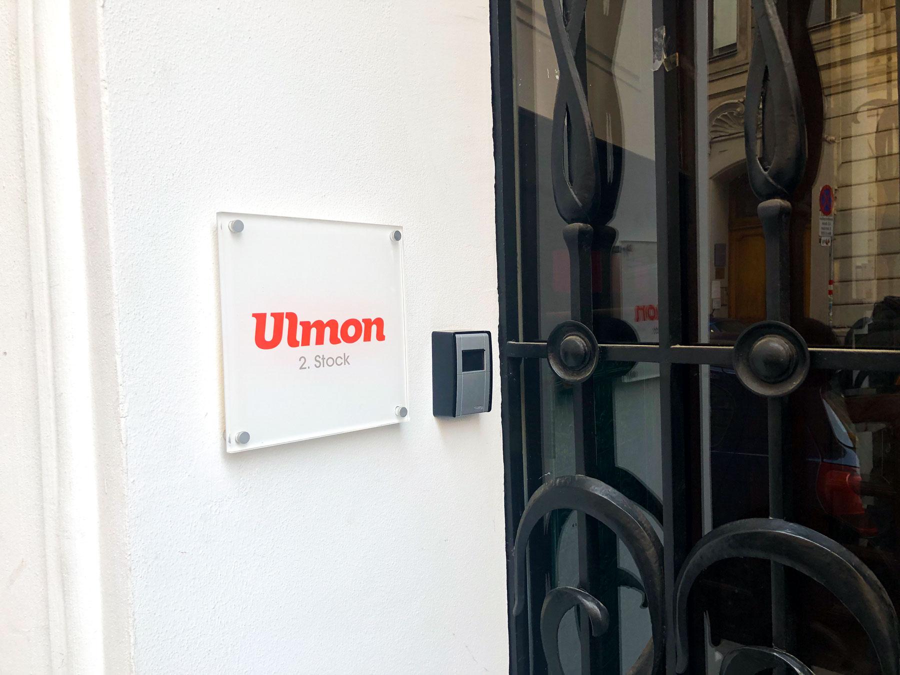 Door Ulmon Office