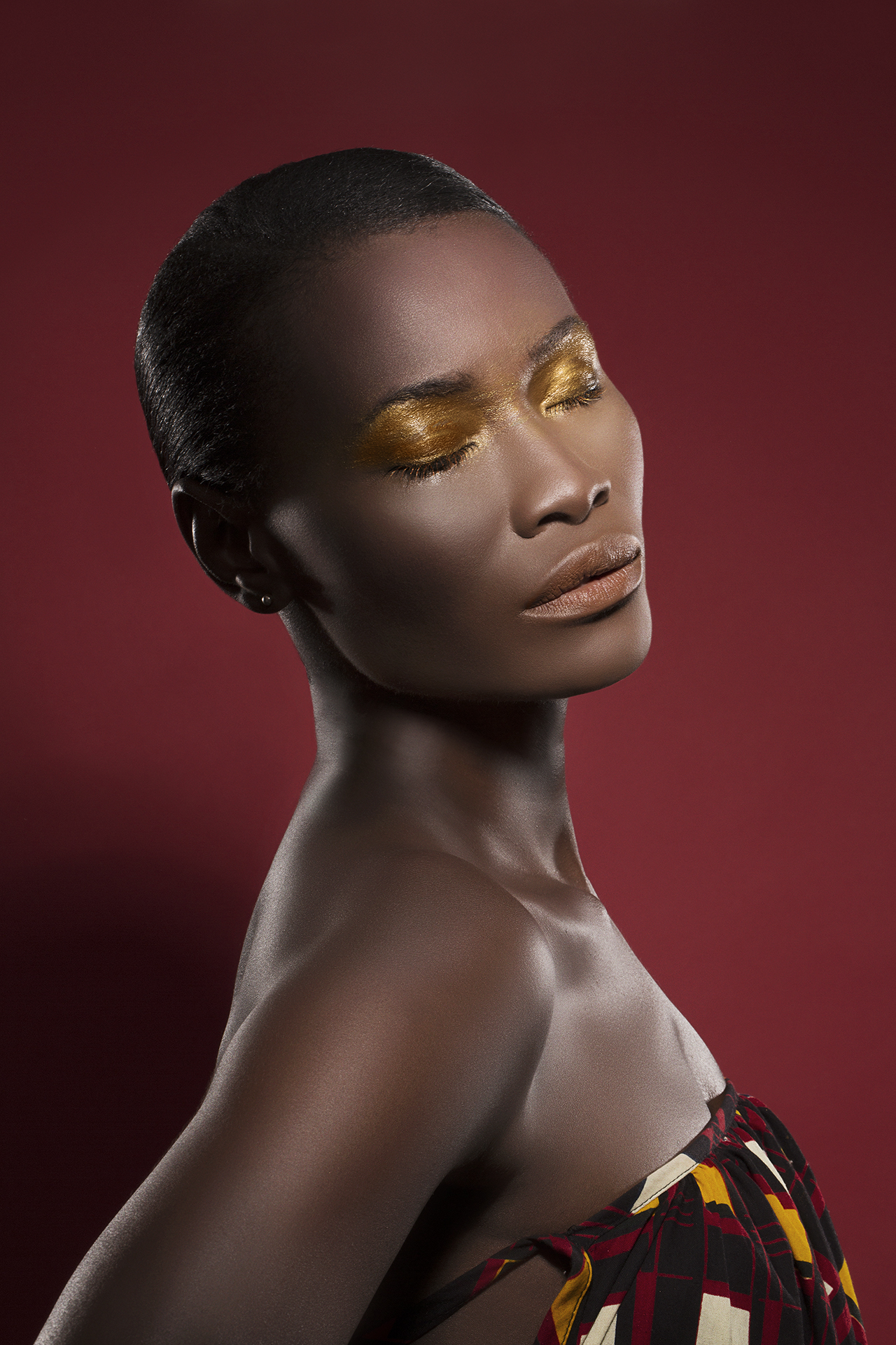 Photography: Mike Ruiz  Retouching: Irfan Yonac