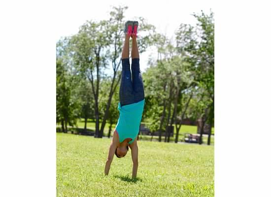 Website Pics - Me Handstand.jpg