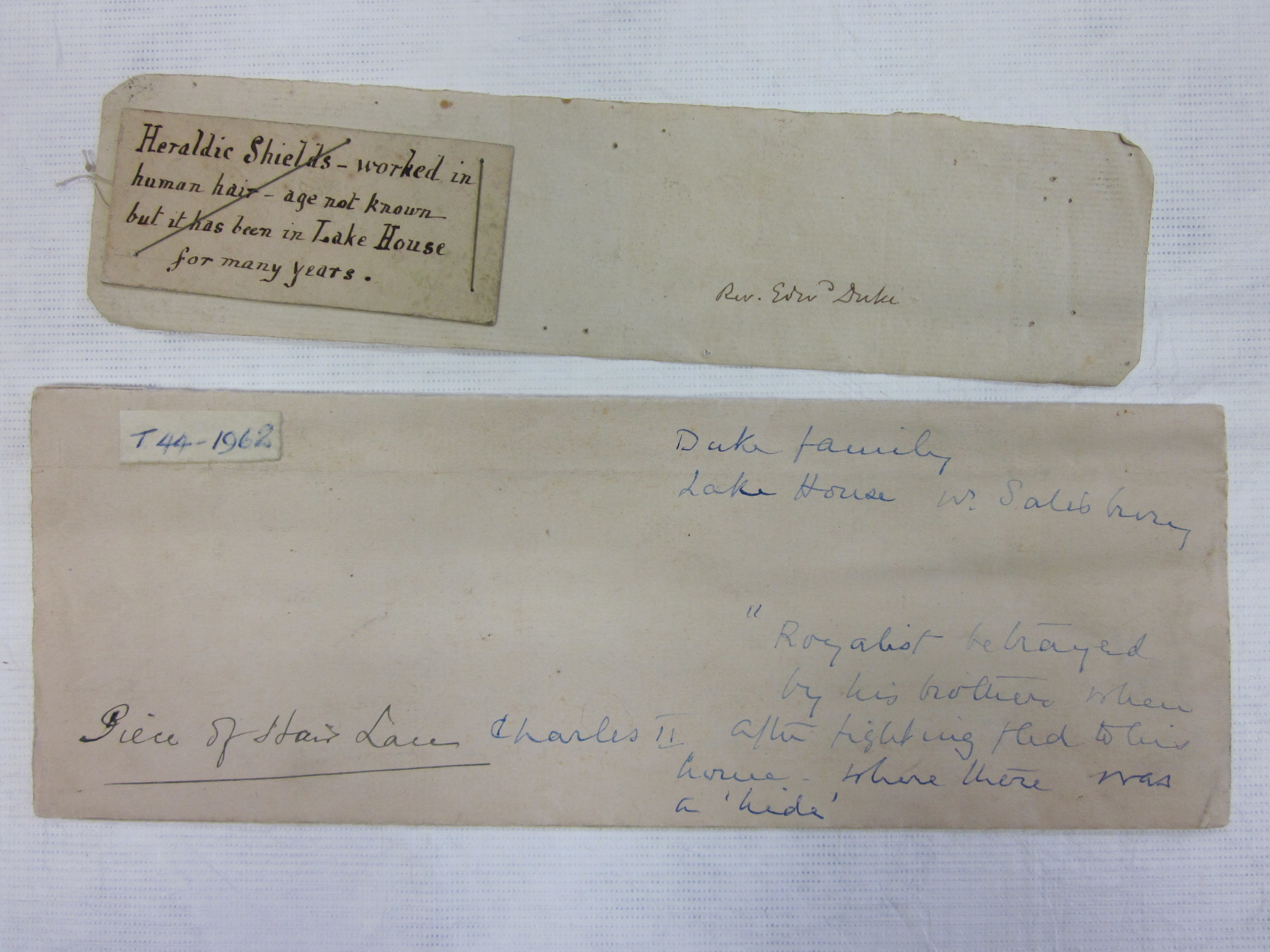 Handwritten note from The Victoria and Albert Museum Collection