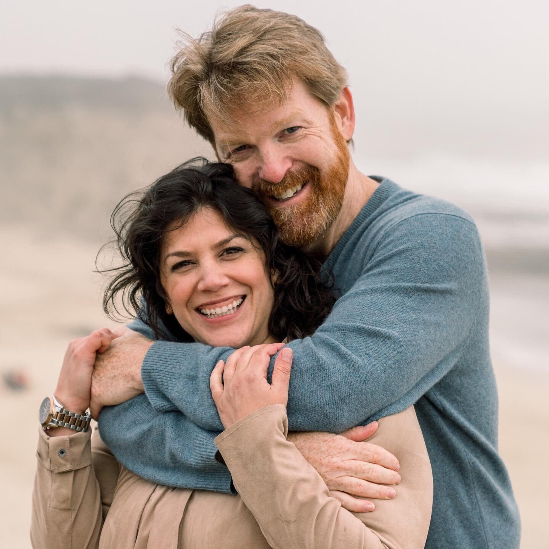 上个月,我们和凯瑟琳和亨特在半月湾度过了一个非常特别的下午。这是一个美丽的,多风的日子在海岸庆祝新的开始。衷心感谢凯瑟琳和亨特与我们分享他们的快乐,在订婚拍摄中断了好几个月之后,这真是一种享受。在认识了凯瑟琳和亨特夫妇之后,我们决定在@ritzcarltonhmb的海洋露台和庭院里进行一次小野餐(对科维德友好),并在一整天的时间里进行献祭/款待。我们还计划了一个非常特别的人的突然访问,敬请期待谁的出现!我们最喜欢的创意人士的照片@科莱特·佩里.