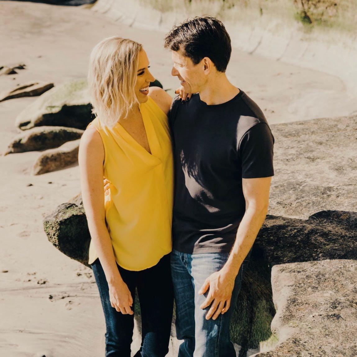 """我们很高兴分享这周的第一个专题:Kate + Justin!以下是凯特对她的经历的解释:""""Tawkify不像其他婚介服务。亚搏体育官方平台我的媒人很有风度,真的花了很多时间来了解我,以及我想在婚配中得到什么。她让我和很棒的人约会,每次约会之后,我们都会打电话讨论我喜欢什么/不喜欢什么。我还得到了他们对我们约会对象的直接反馈。虽然我注册了一年的会员,但我在三四个月后就因为我找到了我的梦中情人而暂停了会员资格。""""#亚搏体育官方平台 tawkify # #相亲约会"""