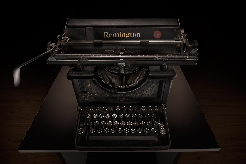 typewriter1_01.jpg