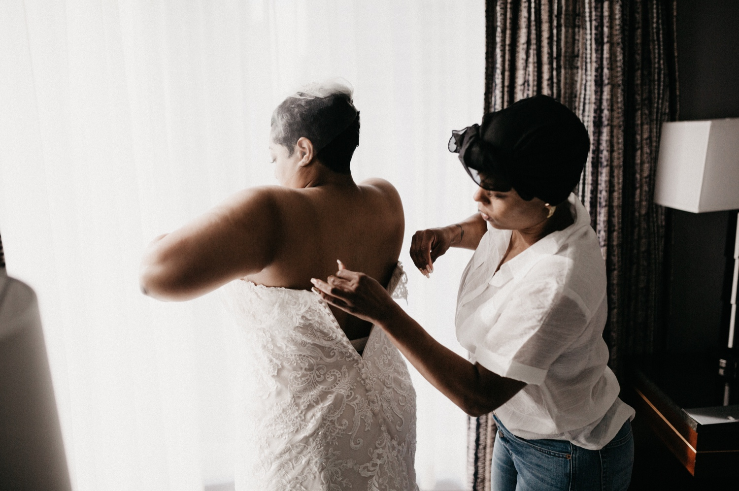 20_Ritz-carlton-wedding_charlotteNC_charlotteweddingphotographer.jpg