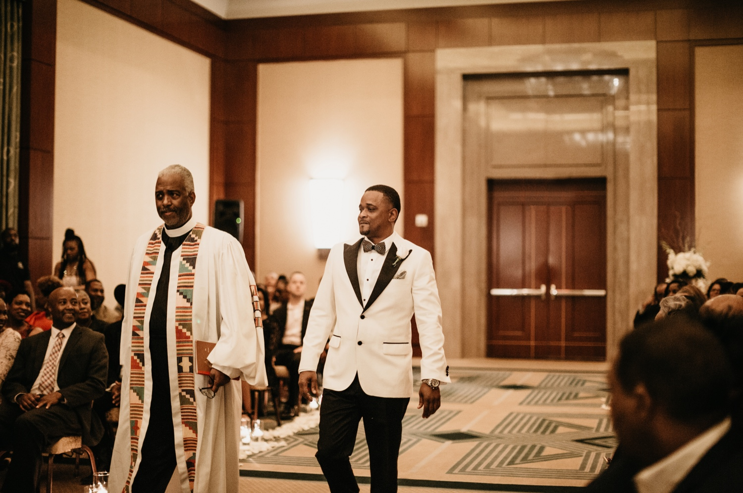 29_Ritz-carlton-wedding_charlotteNC_charlotteweddingphotographer.jpg