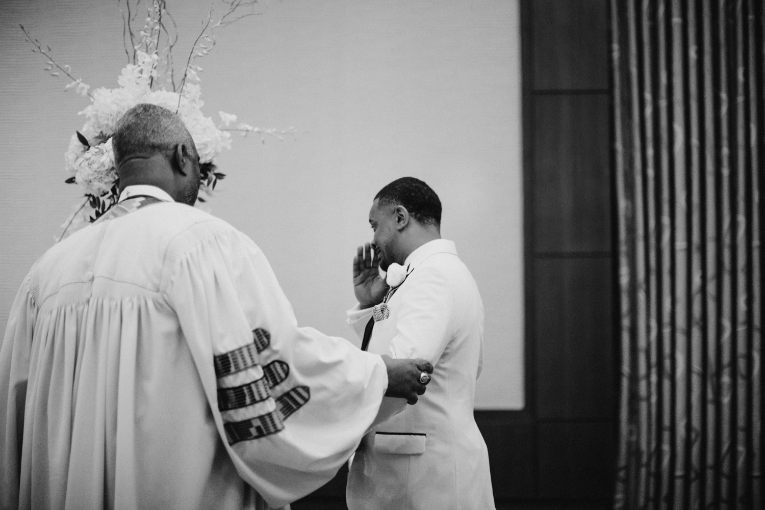 30_Ritz-carlton-wedding_charlotteNC_charlotteweddingphotographer.jpg