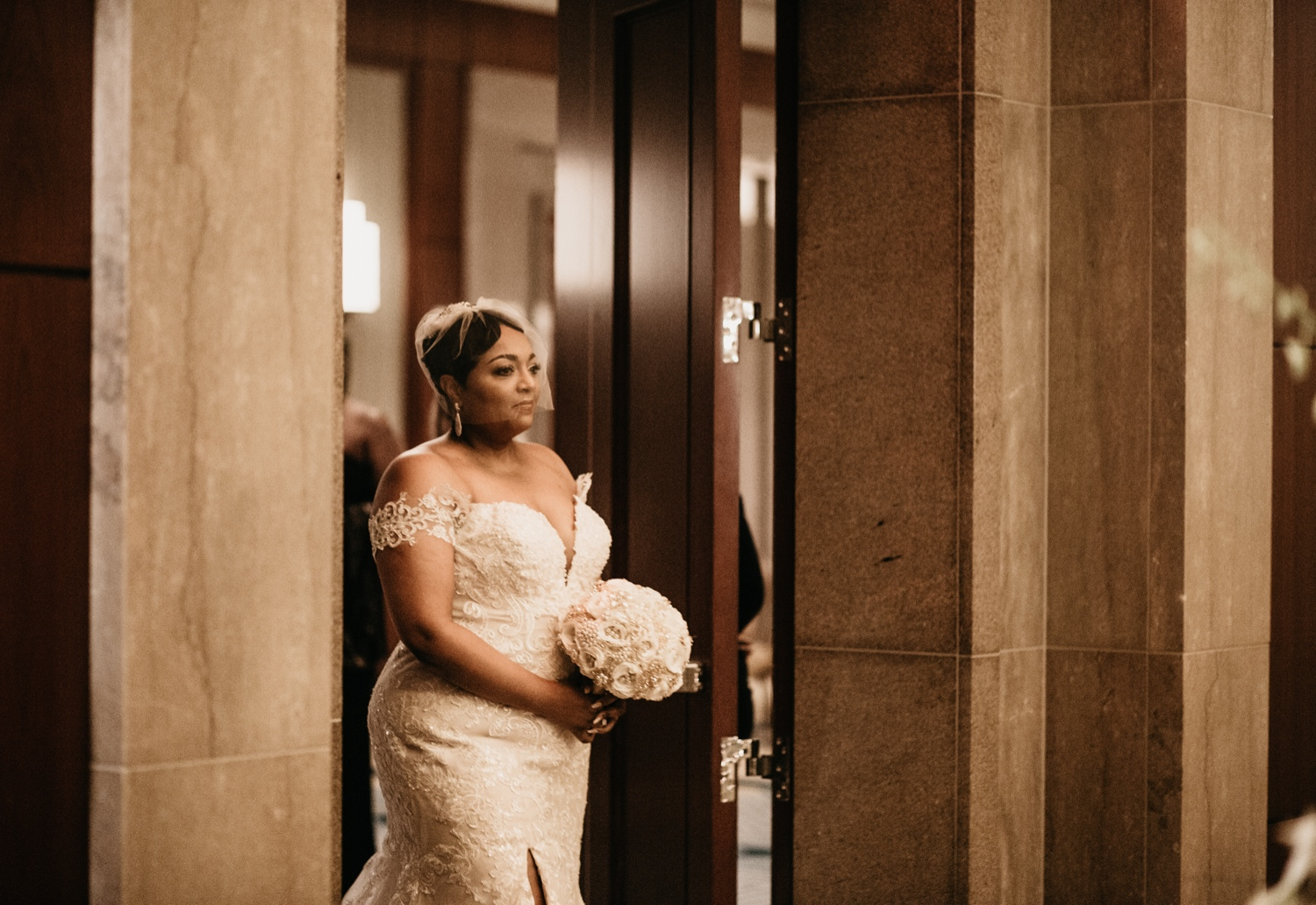 31_Ritz-carlton-wedding_charlotteNC_charlotteweddingphotographer.jpg