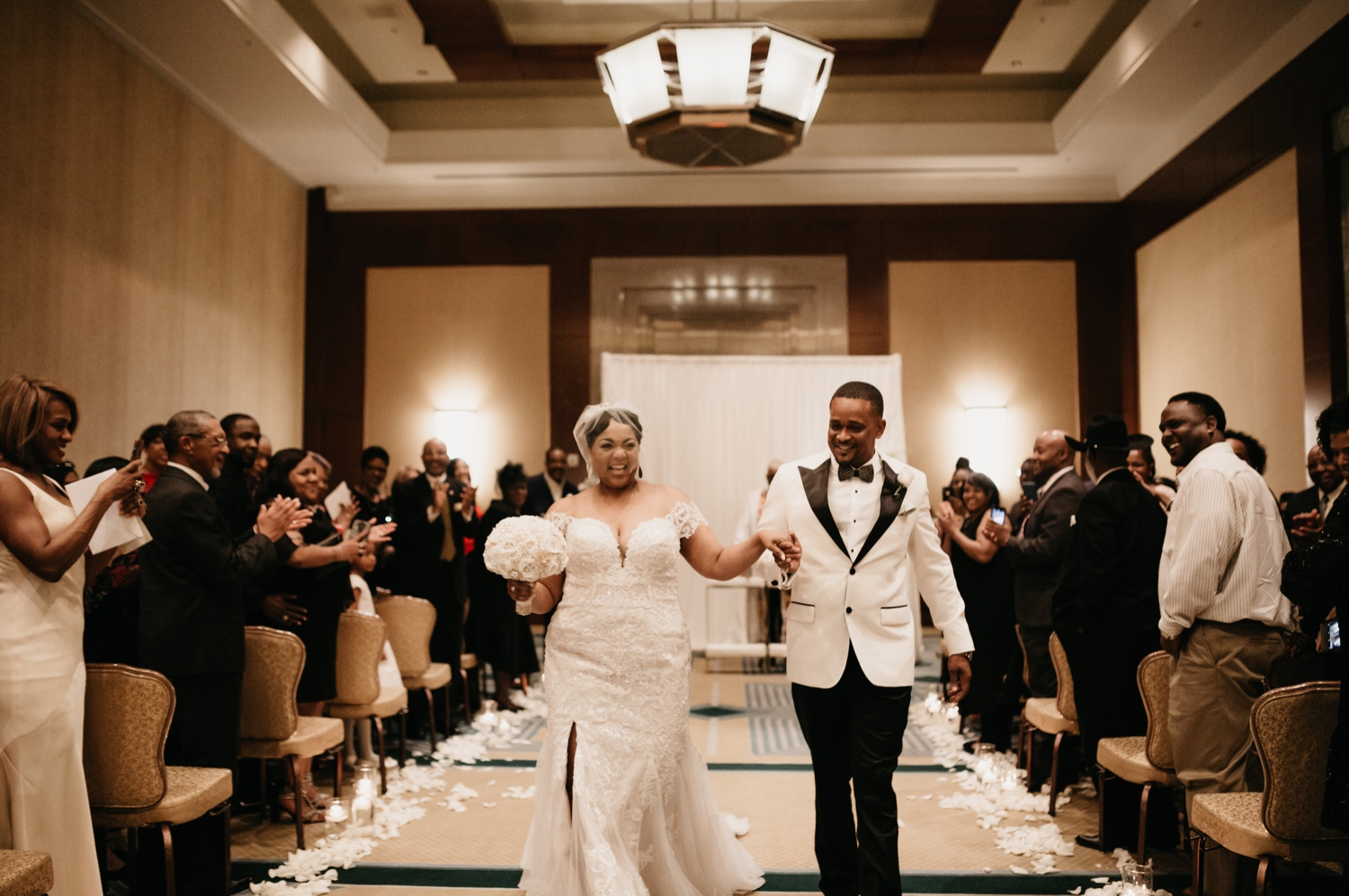 40_Ritz-carlton-wedding_charlotteNC_charlotteweddingphotographer.jpg