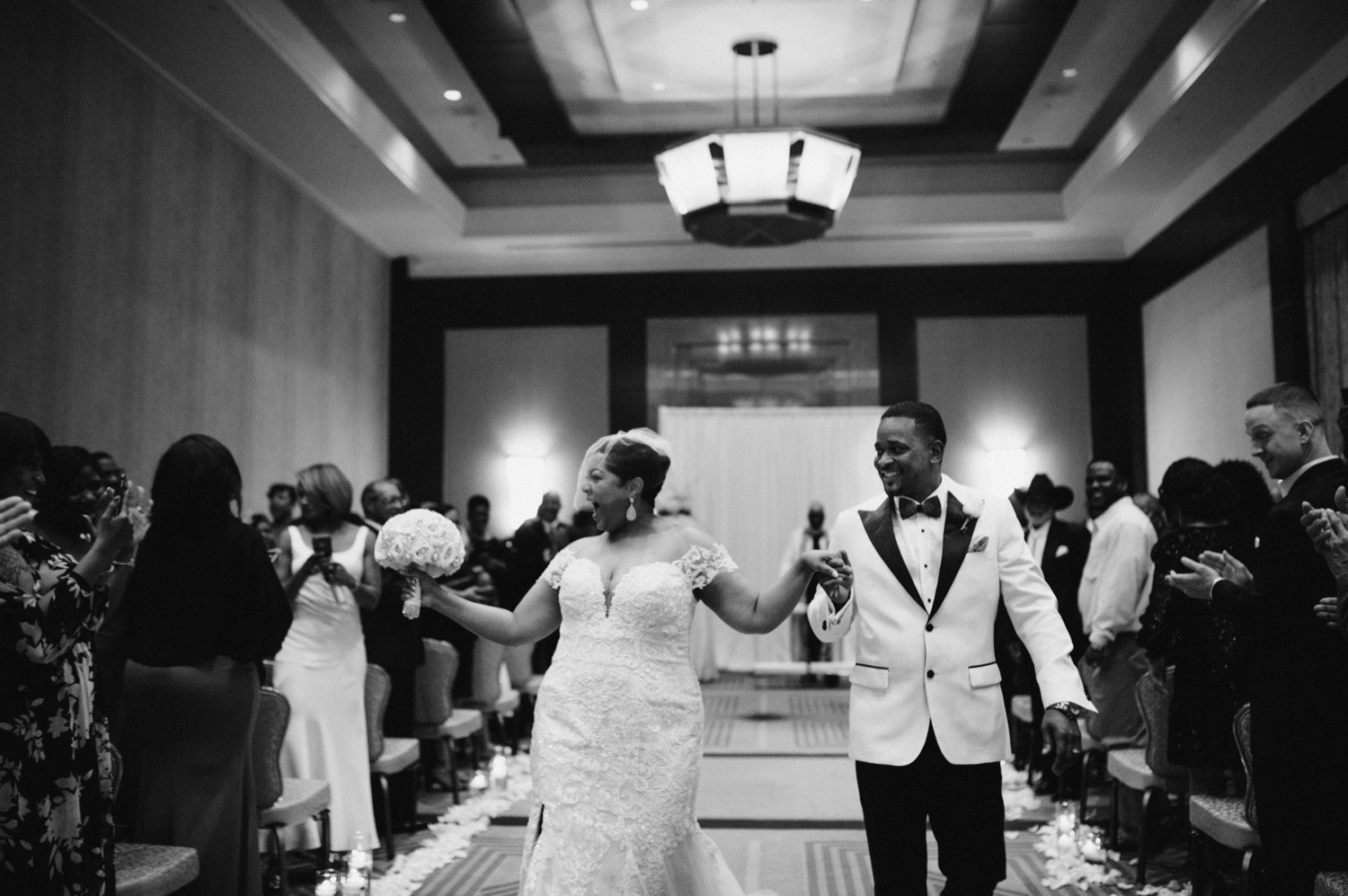41_Ritz-carlton-wedding_charlotteNC_charlotteweddingphotographer.jpg