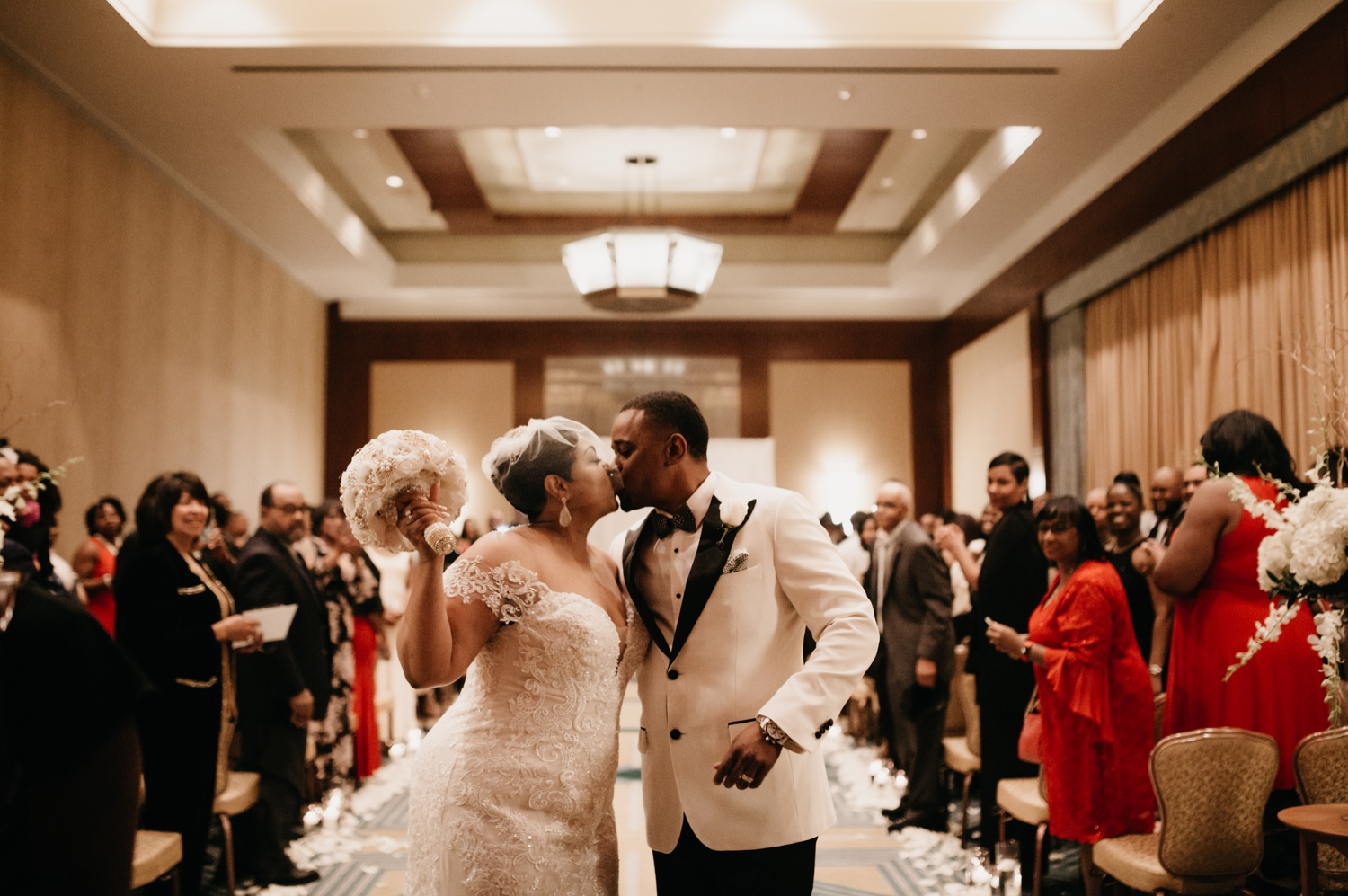 42_Ritz-carlton-wedding_charlotteNC_charlotteweddingphotographer.jpg