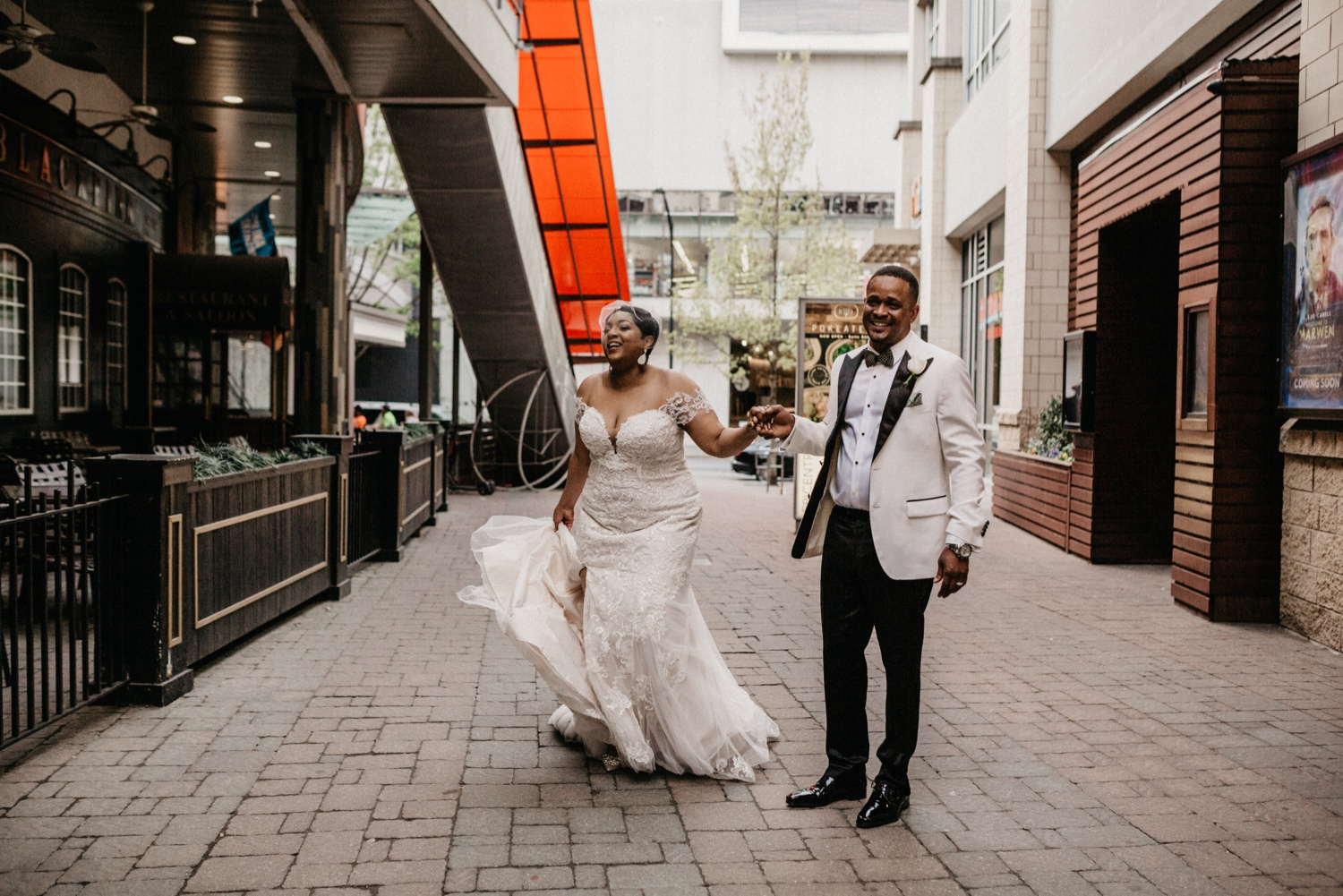 52_Ritz-carlton-wedding_charlotteNC_charlotteweddingphotographer.jpg