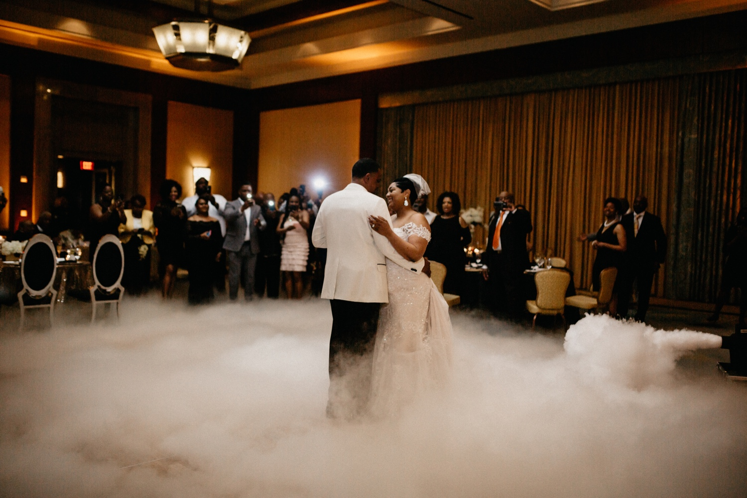 68_Ritz-carlton-wedding_charlotteNC_charlotteweddingphotographer.jpg