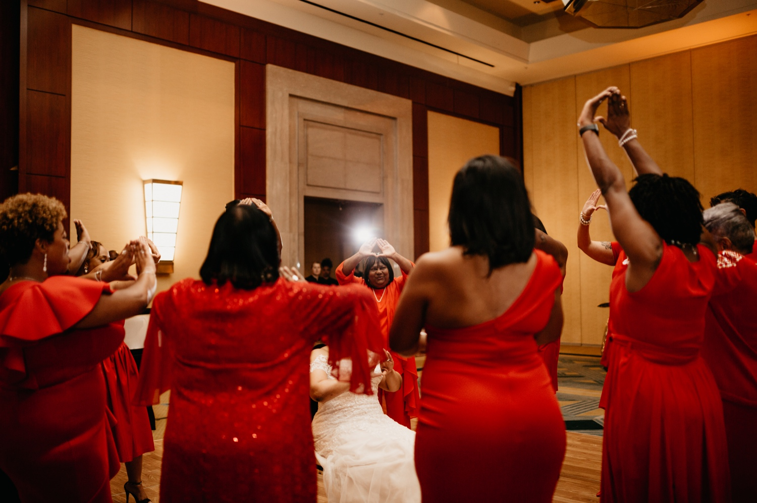 73_Ritz-carlton-wedding_charlotteNC_charlotteweddingphotographer.jpg