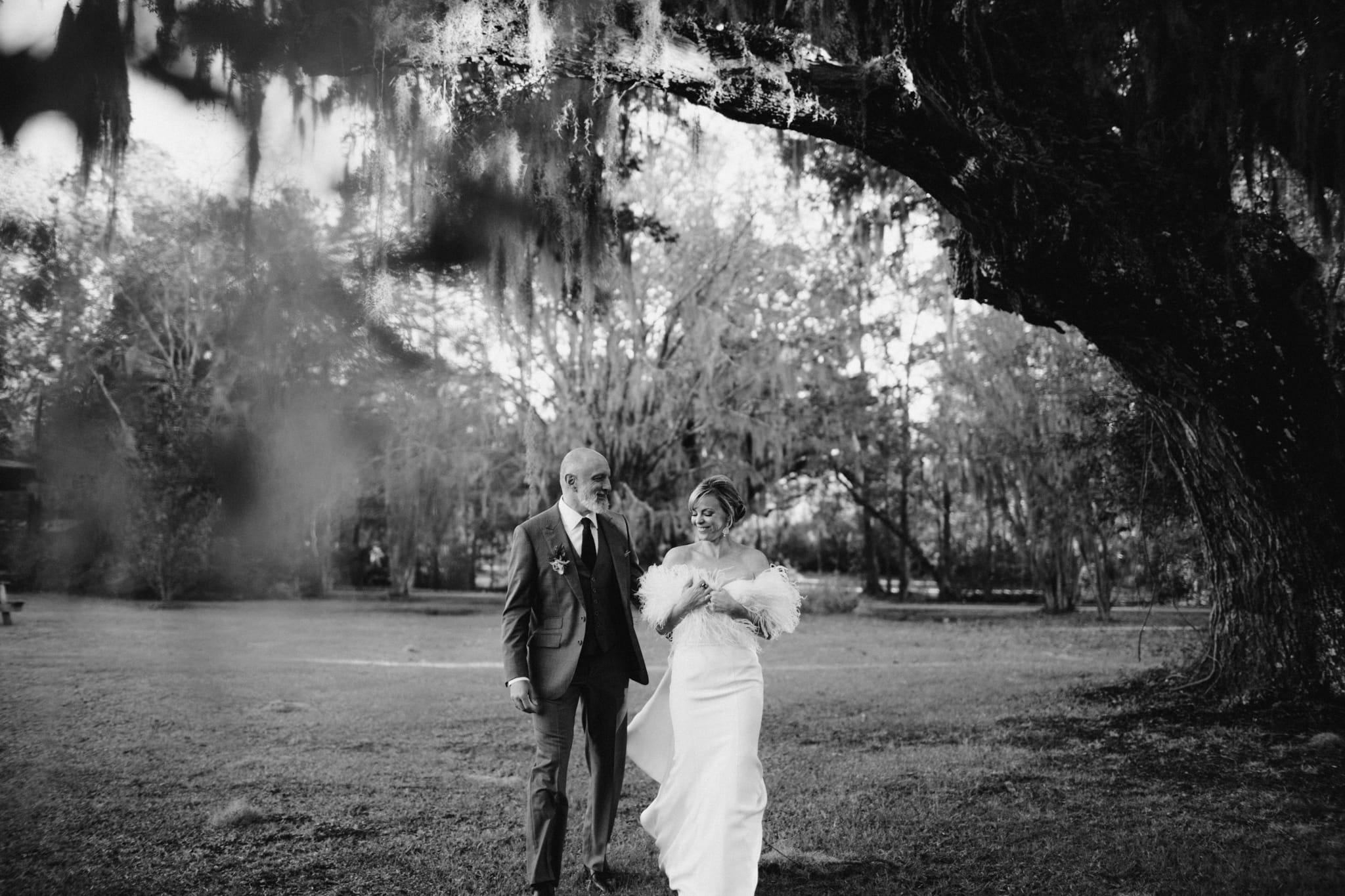 Magnolia-plantation-wedding-charleston-sc-9.jpg