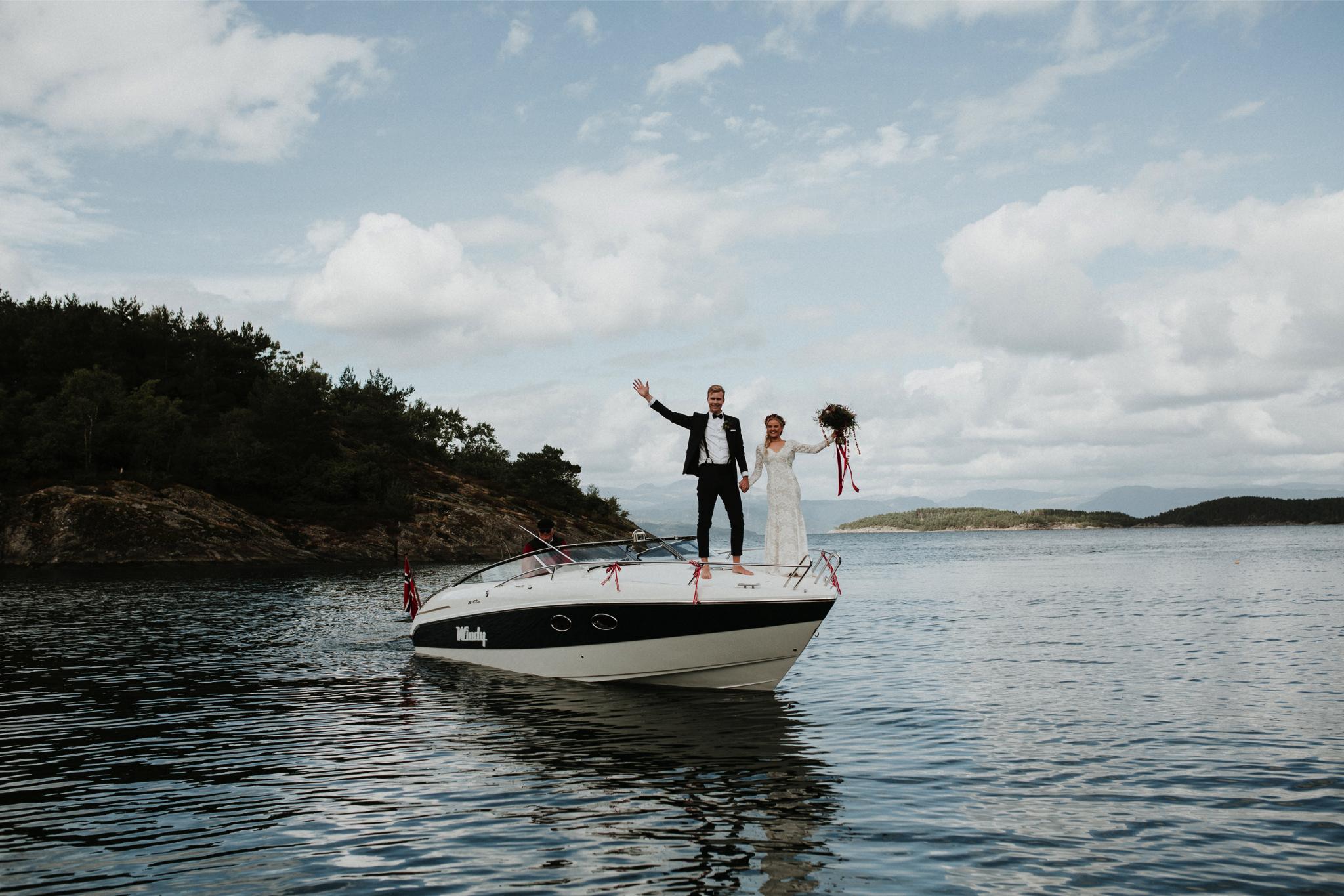 Norway-wedding-photographer-adventure-session_3.jpg