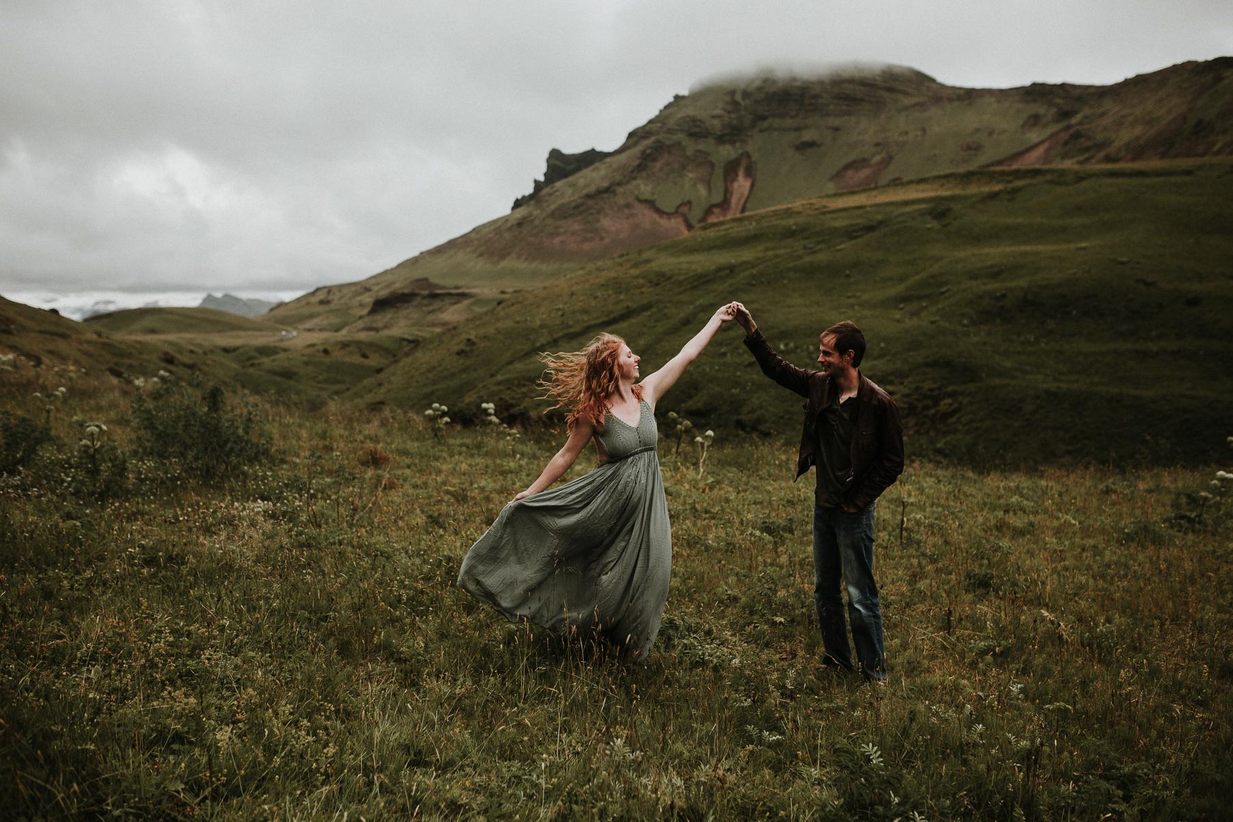 Iceland-elopement-adventure-session_2.jpg