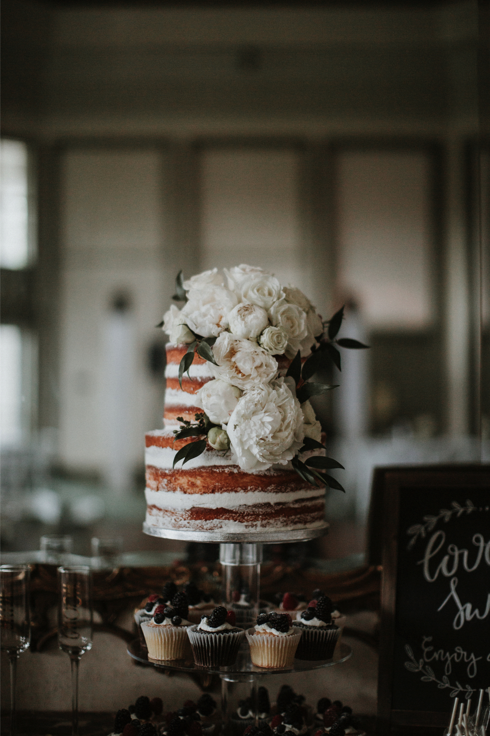 Naked-wedding-cake-trends_4.jpg