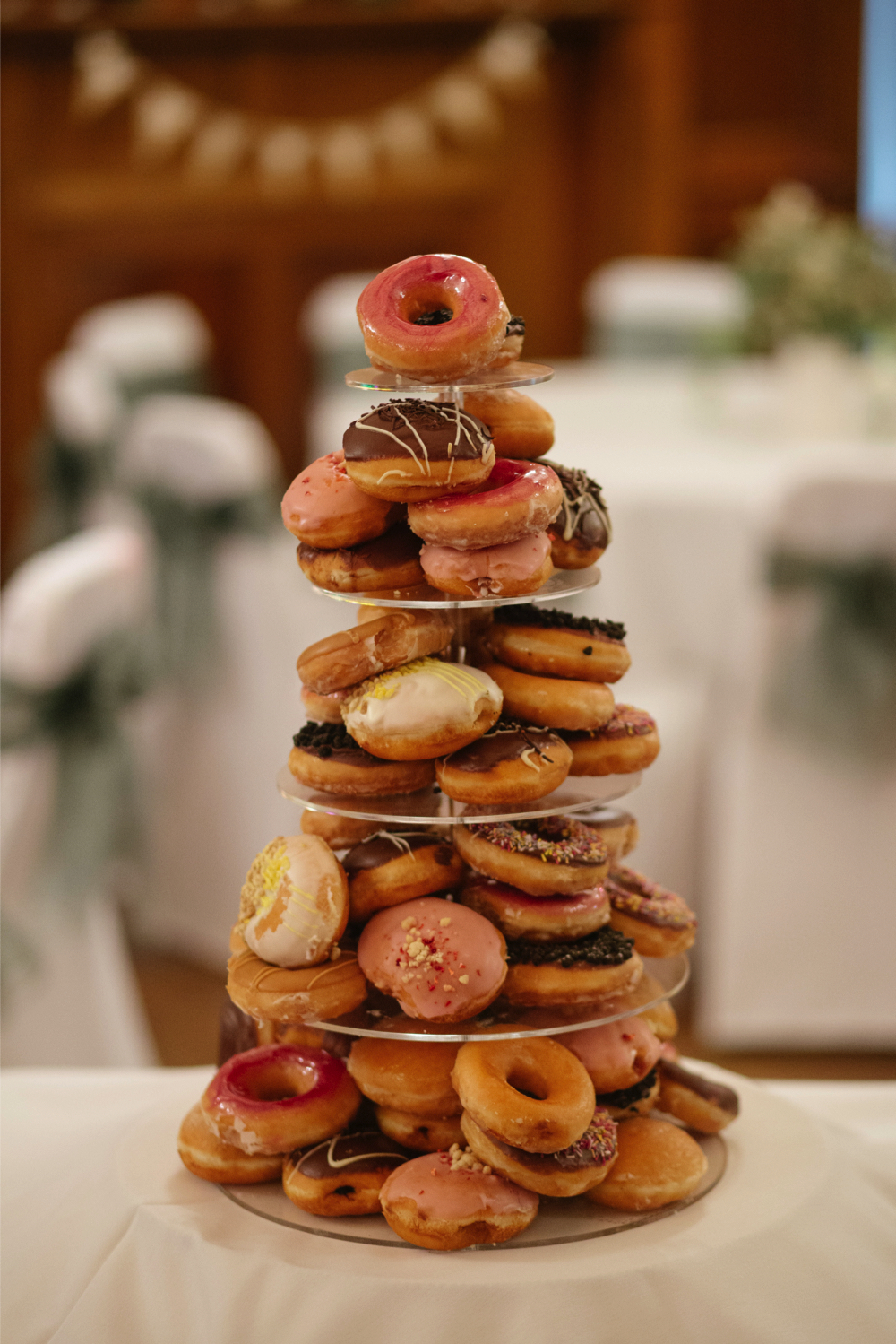 Doughnut-wedding-cake-trends_1.jpg