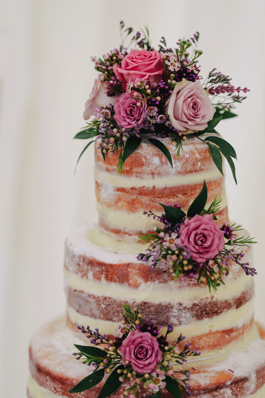 fruit-wedding-cake-trends-2019_1.jpg