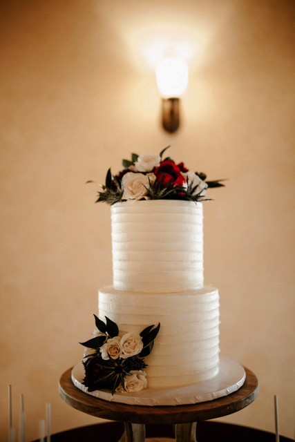 cake-wedding-cake-trends-2019_5.jpg