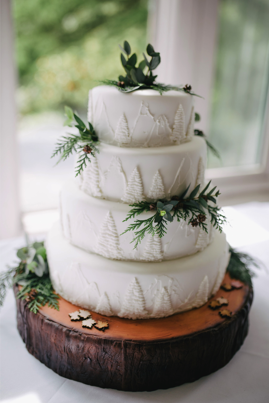 fruit-wedding-cake-trends-2019_2.jpg