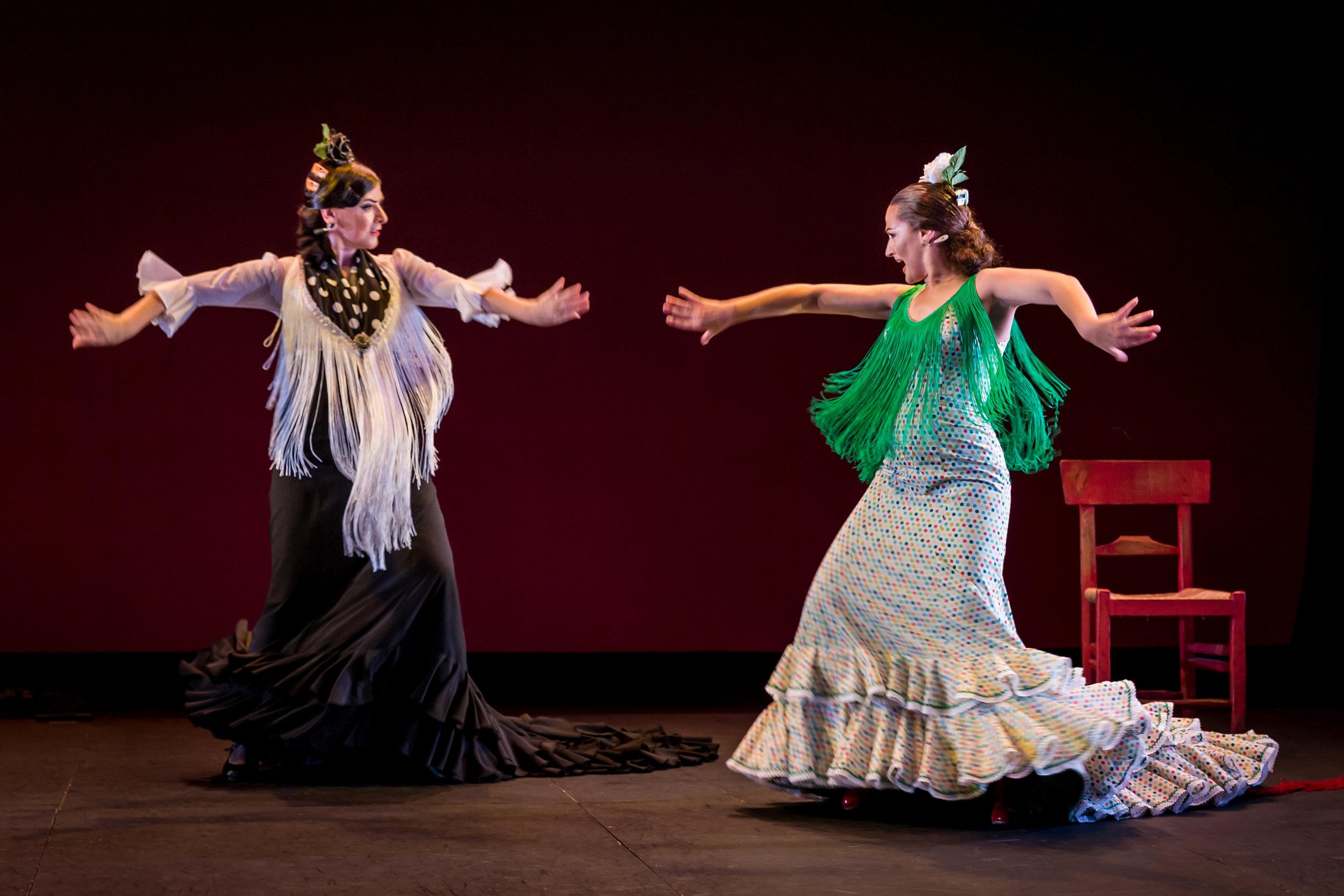 Artistic Director Carola Zertuche & Guest Dancer Adela Campallo  Foto credit: Christina Fu