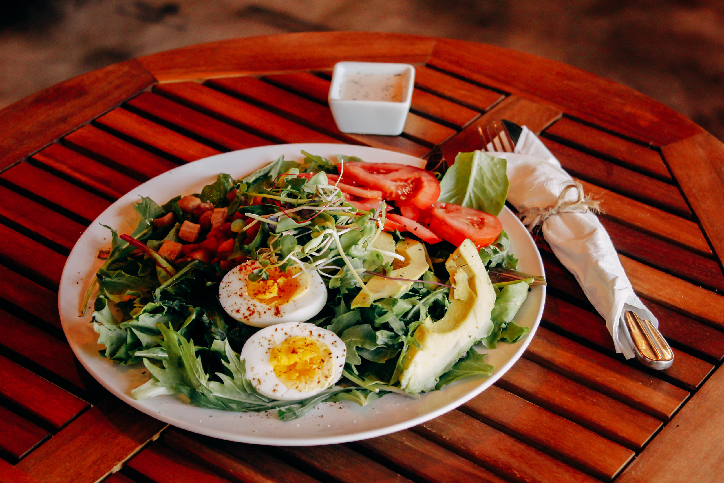 Heritage Roasting Co has a newly launched brunch menu serving up in-house baked goods, Avocado toasts, and healthy but delicious salad options. In Shasta Lake, 8 Mins from Redding.