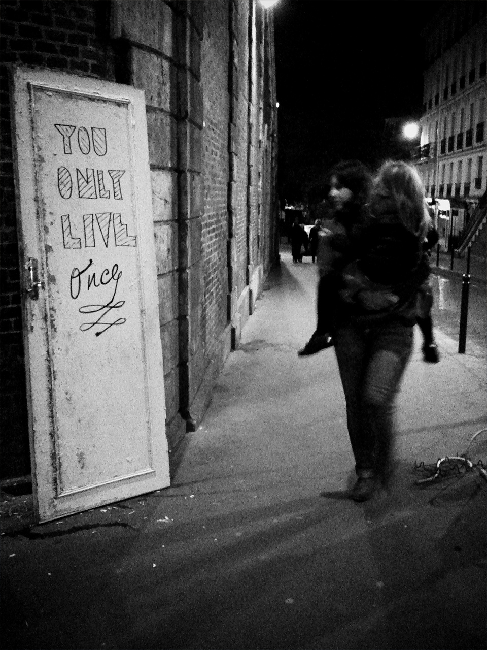 the_street_of_life_by_camilo_rojas_paris (3)_o.jpg