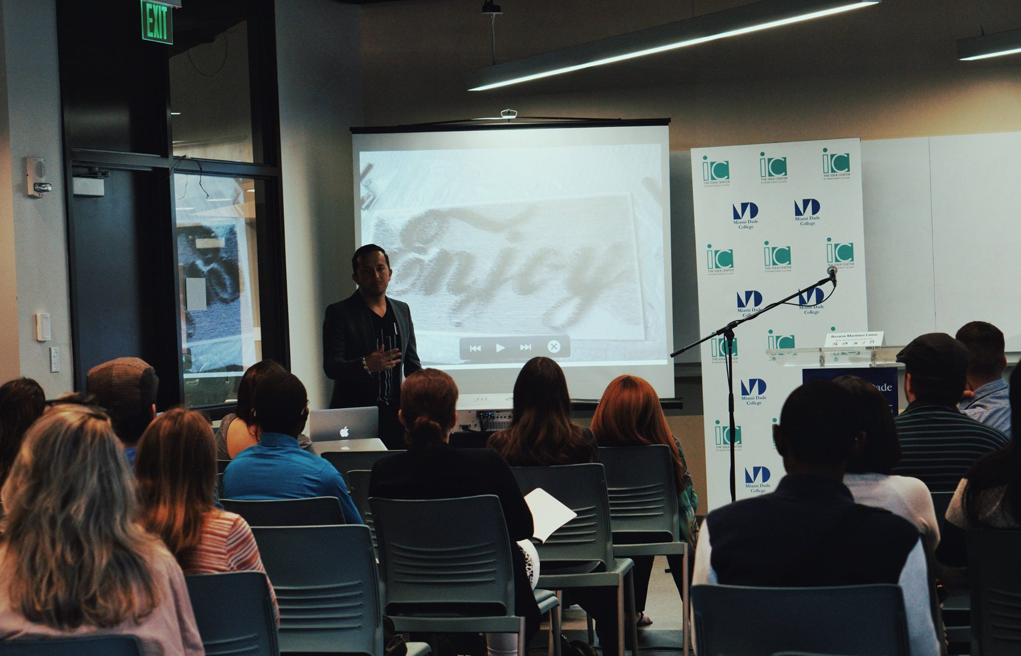 d3-digital-design-den-miami-dade-college (10).jpg