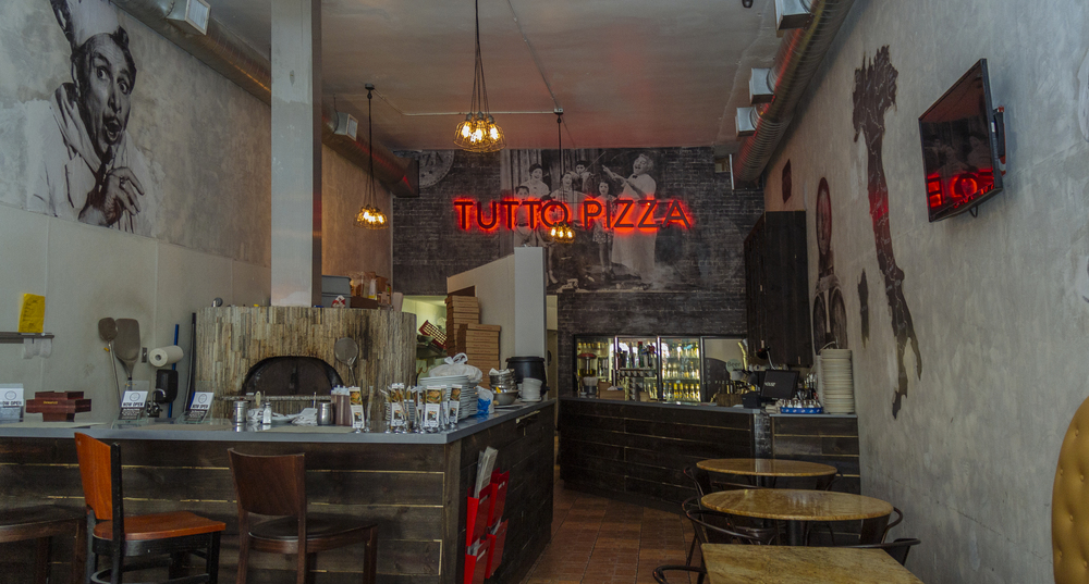 tutto_pizza_inside.jpg