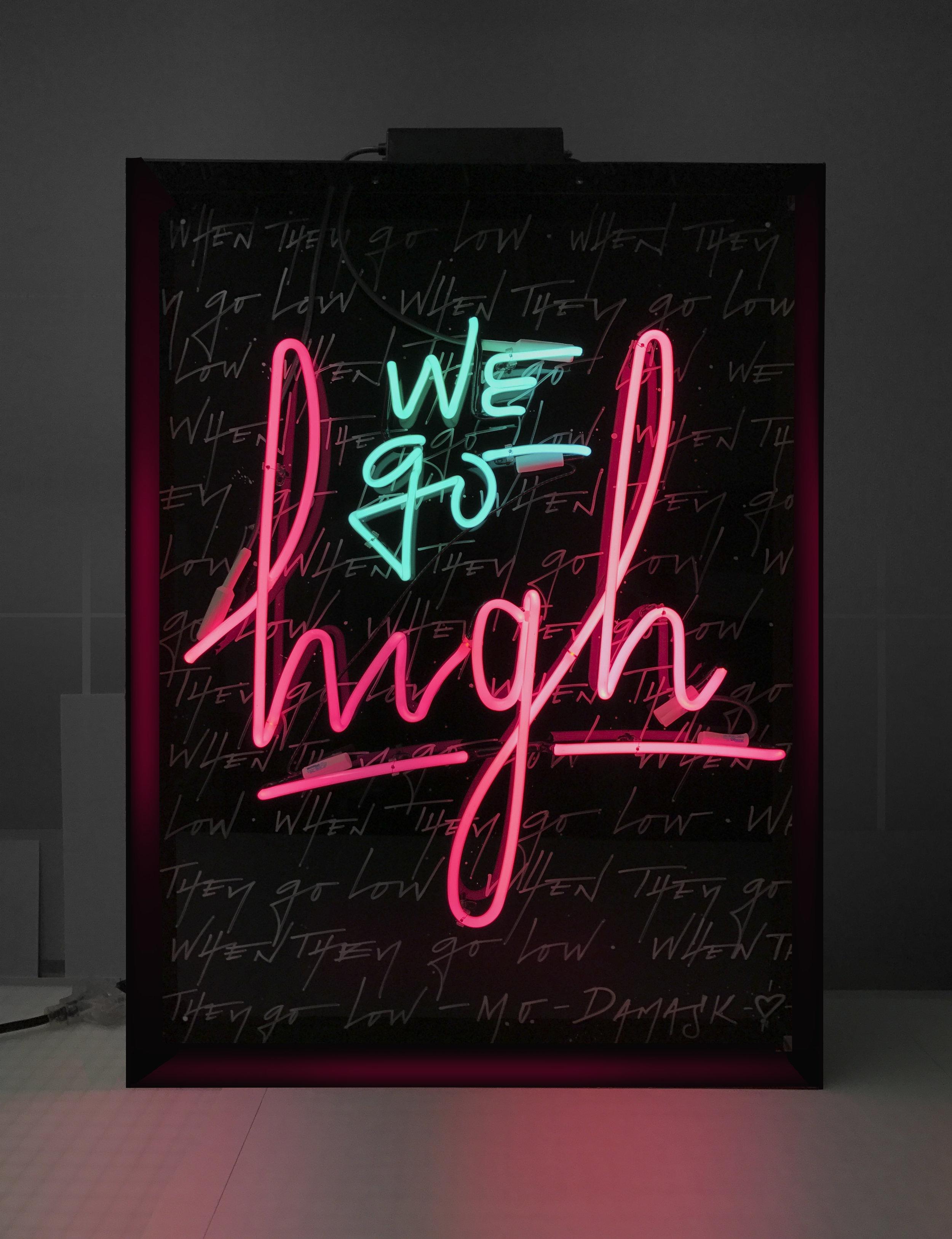 calligraphy-neon-camilo-rojas.jpg