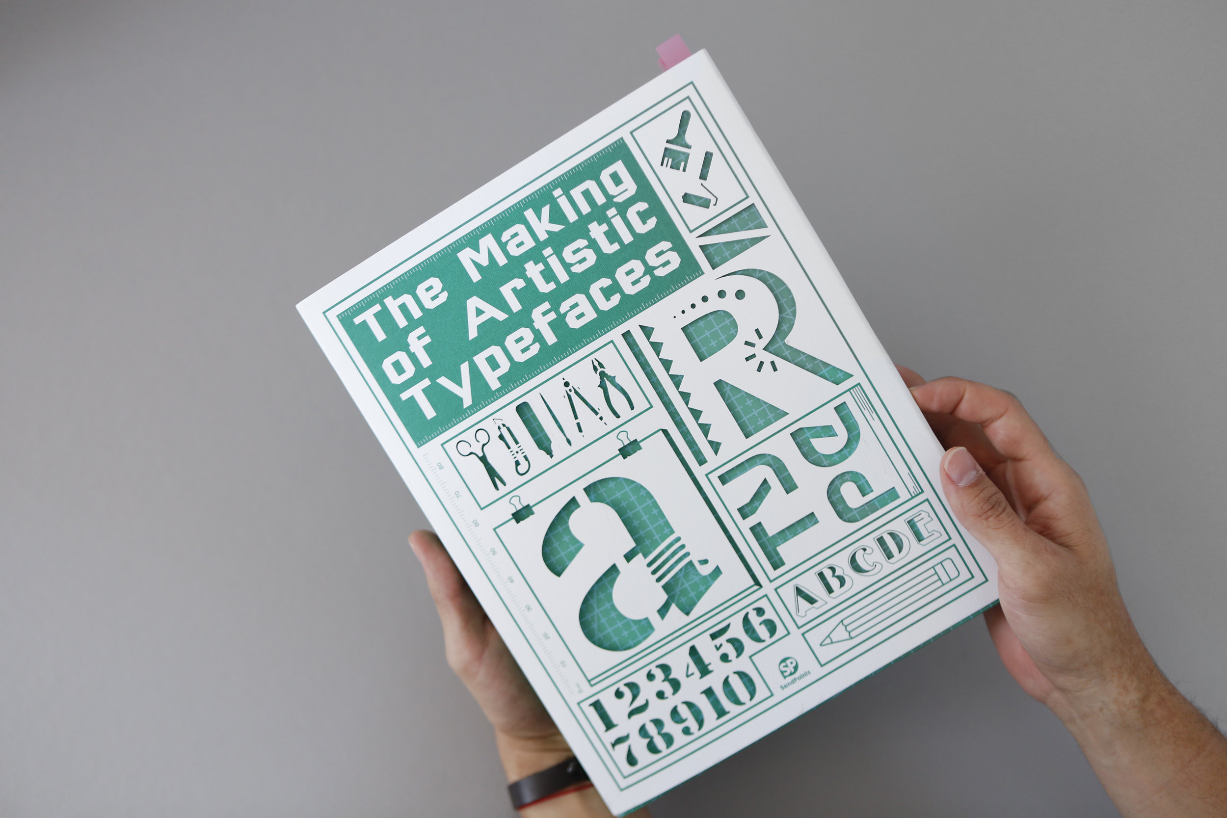 the-making-of-artistic-typeface (2).jpg