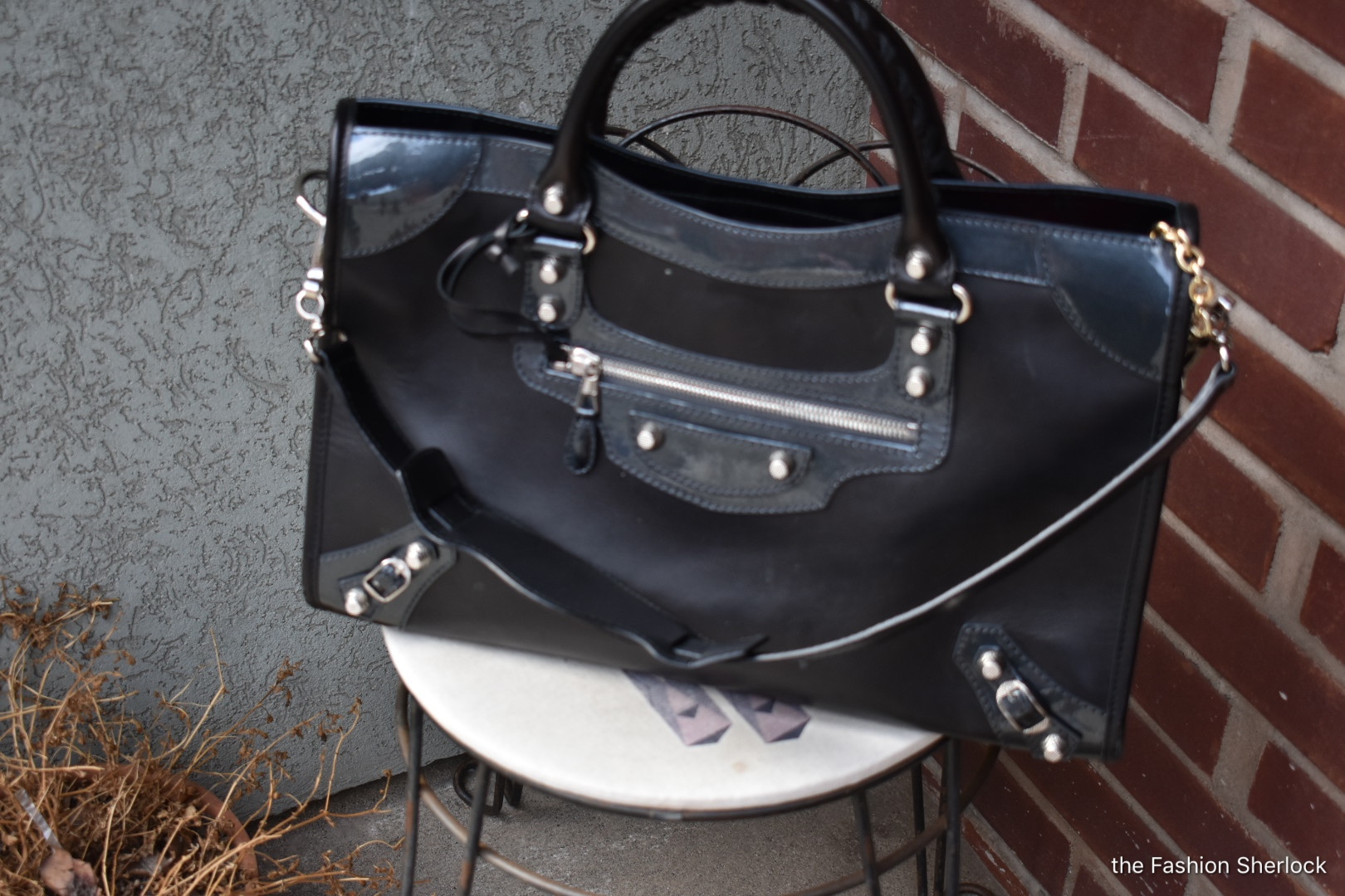 My sister gifted me this Balenciaga for Christmas. Word is she had to fight another lady who was eyeing this bag. Obviously my sister won for me!