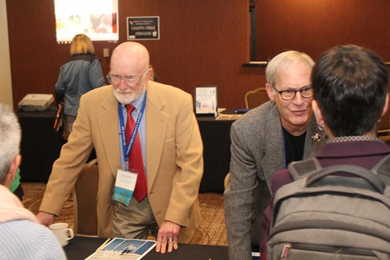 exhibitors _32_.jpg