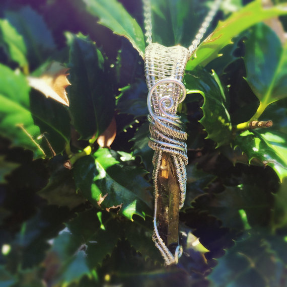 Click the photo above to purchase this pendant.