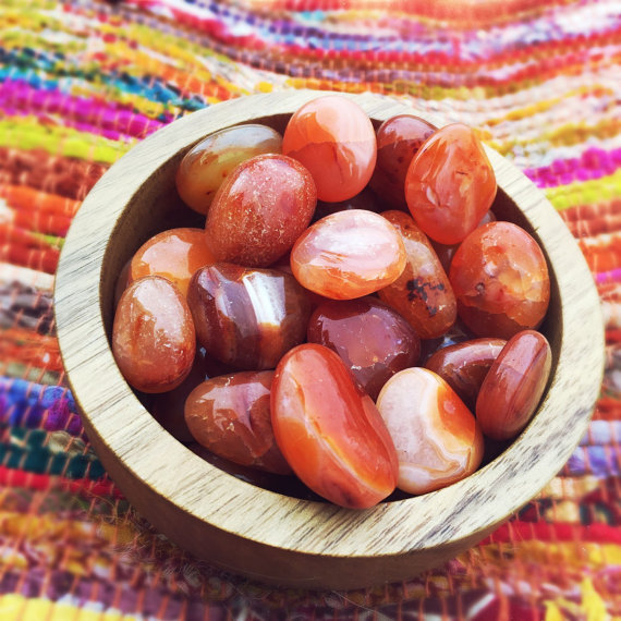 Carnelian is great for stimulating the flow of digestion to help remove certain blockages. This crystal can heal constipation, stomach pain, ulcers, and more!