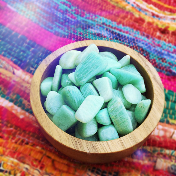 Use this healing crystal if you suffer from esophagitis, GERD, acid reflux disease, heartburn, indigestion, or more in your water. This healing crystal can help reduce some of these troubling ailments and get your body to where it needs to be.