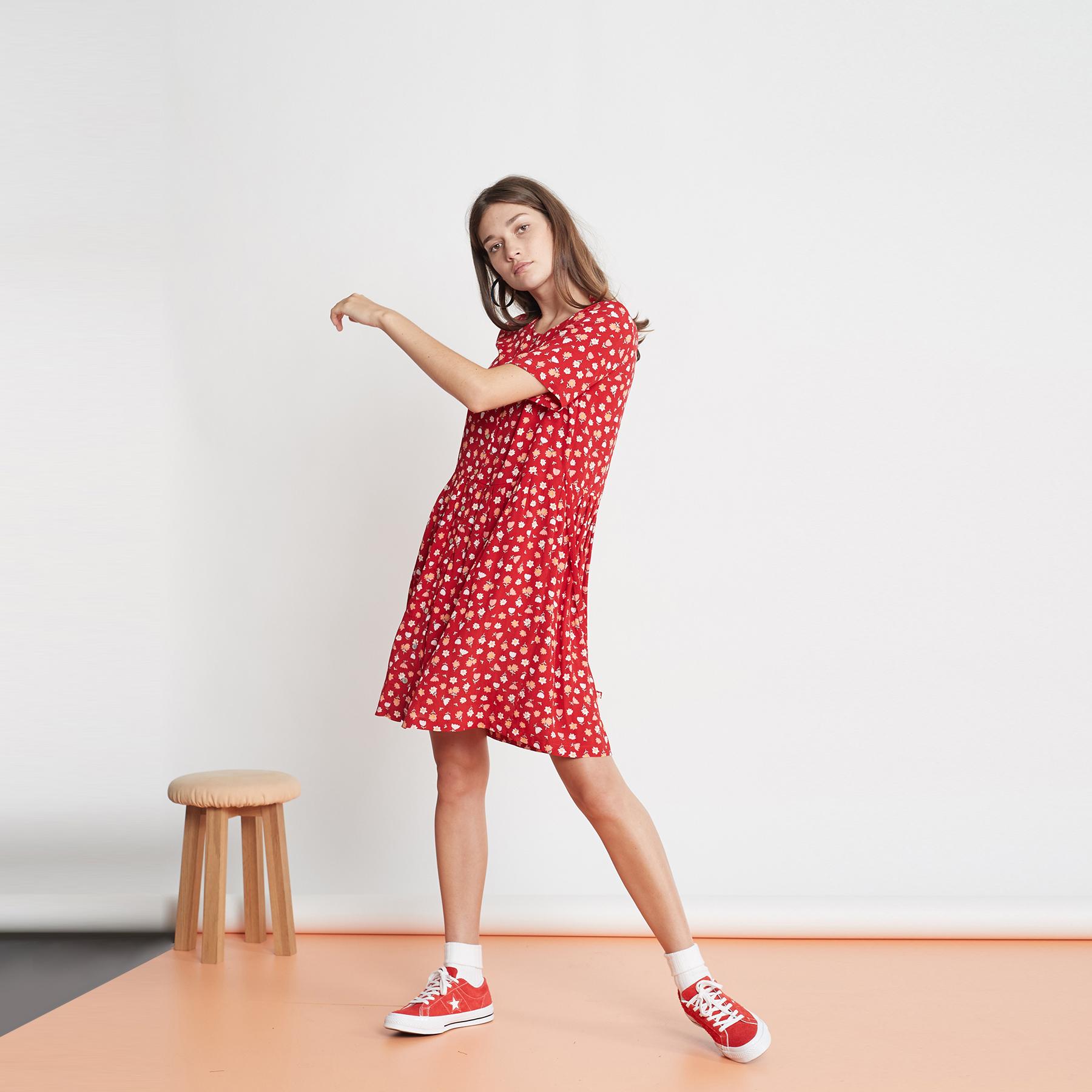 LB squares_0007_37. The Pilot dress_Red.jpg
