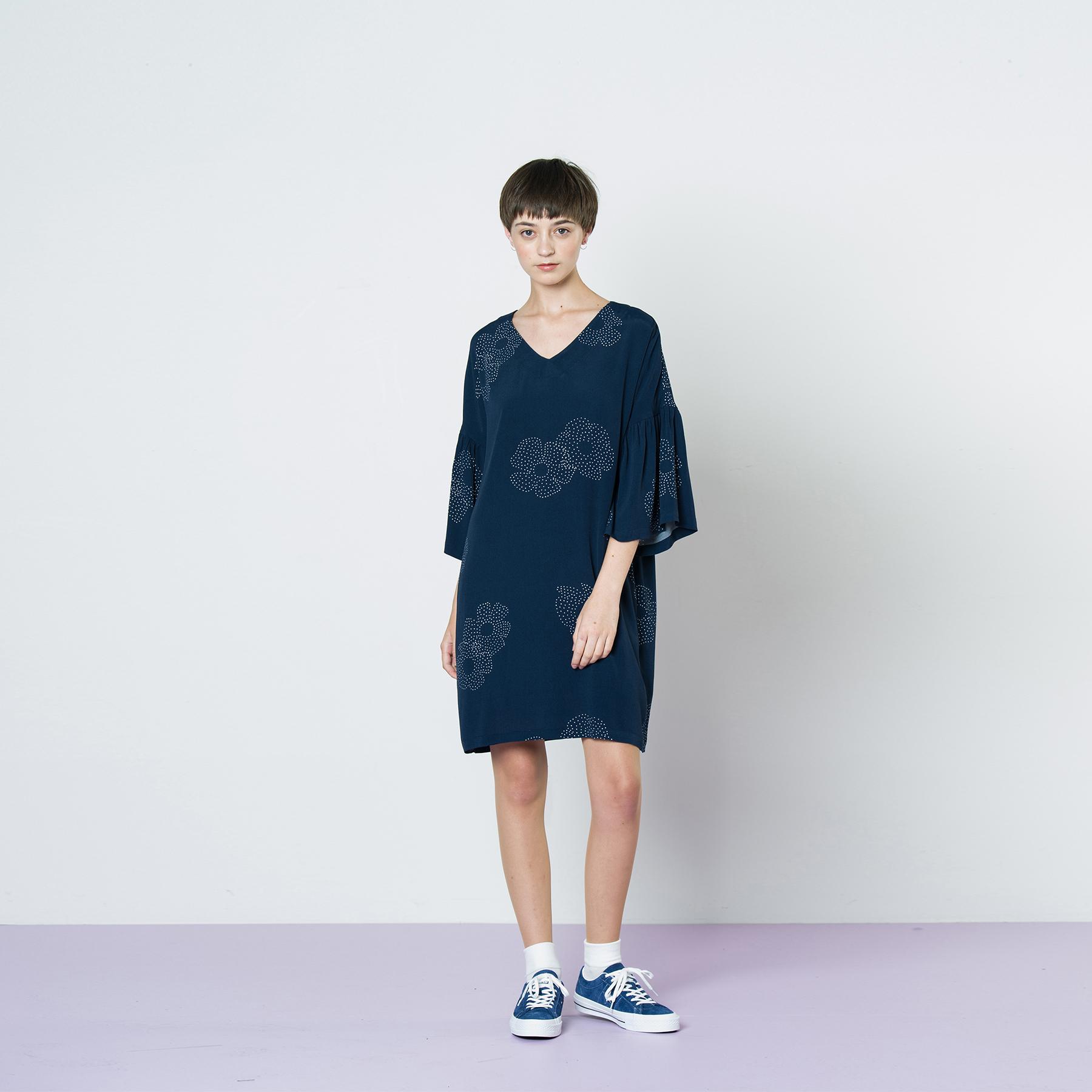 LB squares_0002_49. Prototype dress.jpg