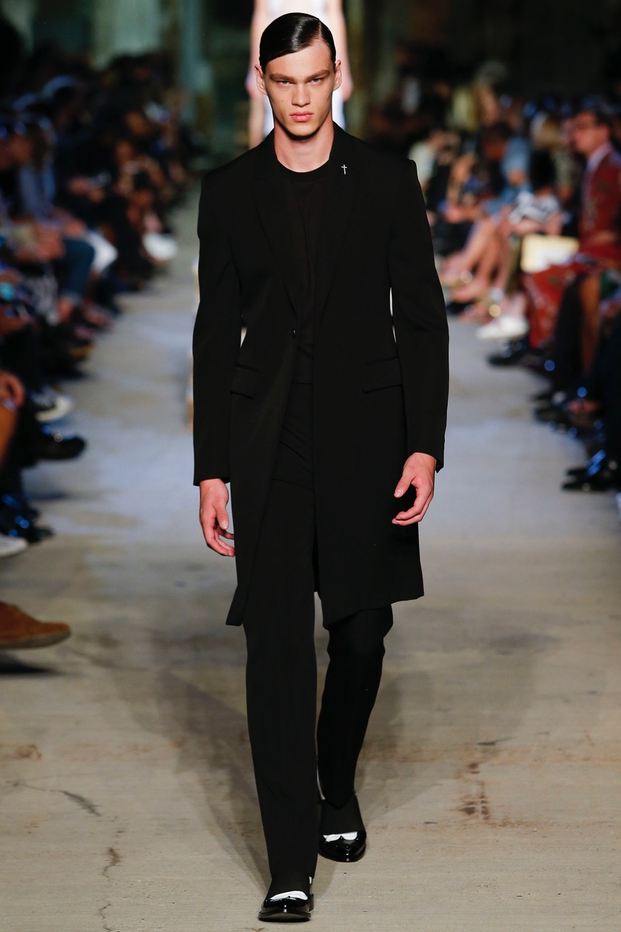 Givenchy-Spring-Summer-2016-Menswear-Collection-New-York-Fashion-Week-020.jpg