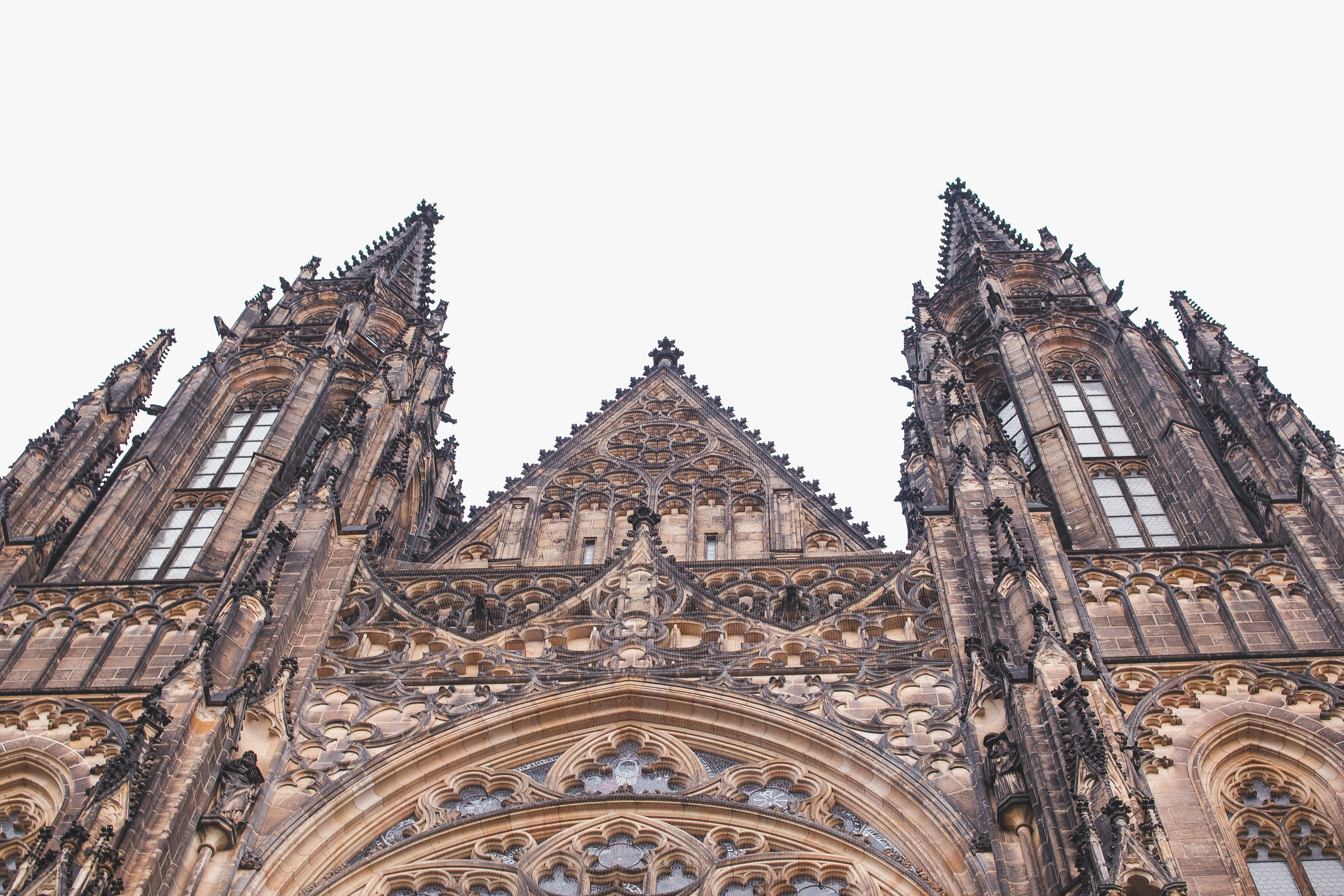 Looking up at Saint Vitus Catherdral