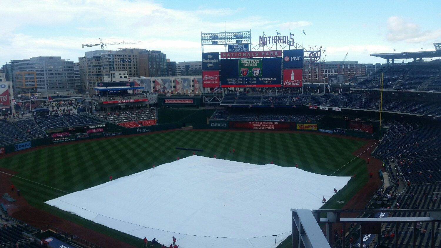The was a rain delay before the start of the game.