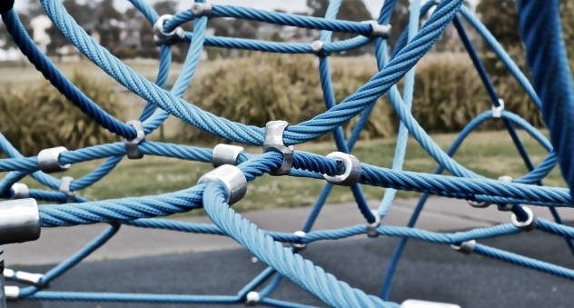 tangled-cables-1630465-639x426.jpg