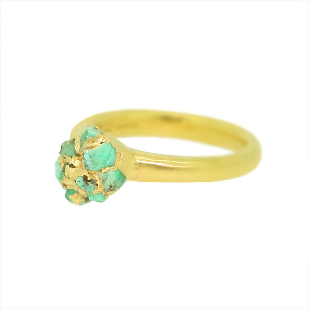 crystal-gold-ring-emeralds.jpg